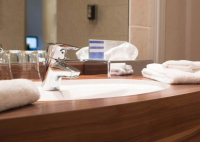Badezimmerausstattung im Bodmi Wanderhotel in der Schweiz